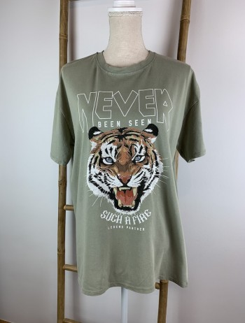 CAMISETA TIGRE NEVER